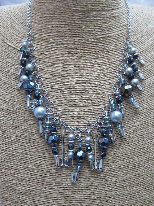 Safety pin necklace - light