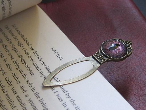 Dragon's Eye bookmark - pink tones