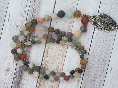 Mixed beryl and leaf long necklace