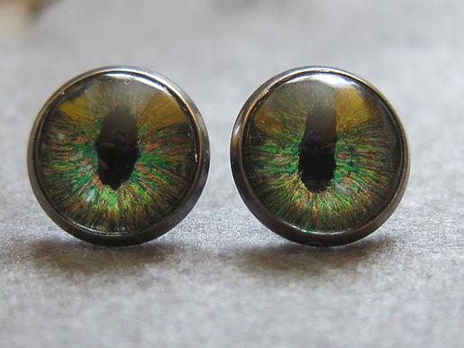 Dragon's Eye stud earrings - pair