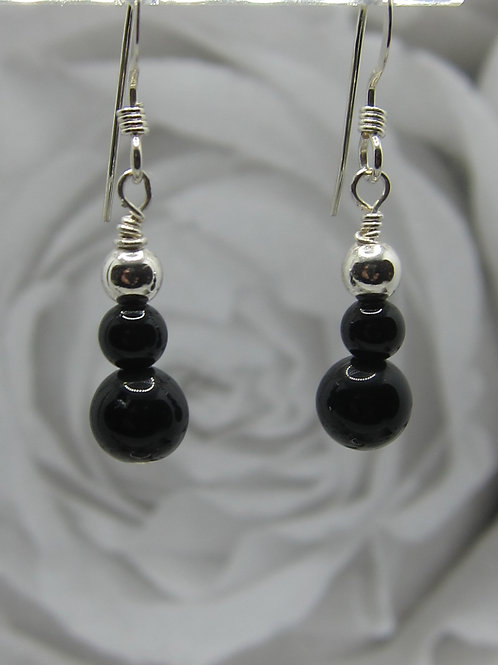 Black onyx and 925 silver earrings