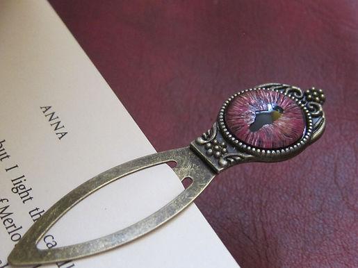 Dragon's Eye bookmark - pink tones (2)