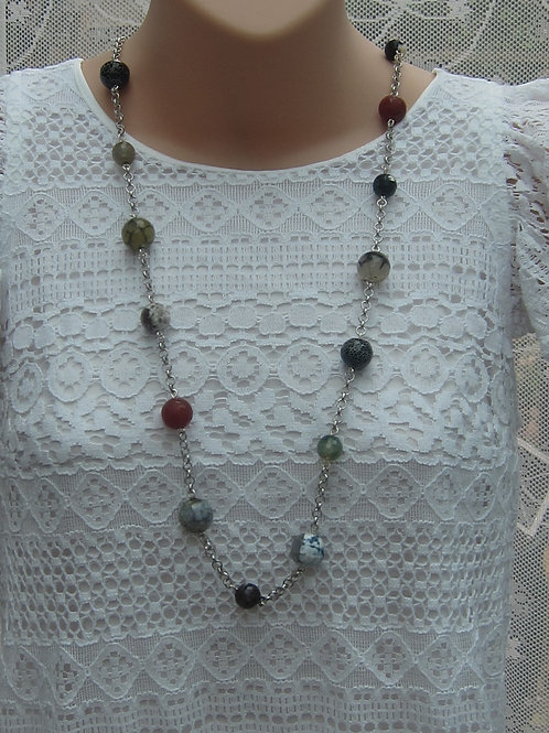 Mixed bead necklace with chain