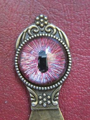 Dragon's Eye bookmark - pink tones (3)