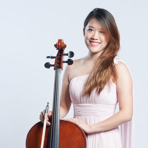 Cindy Lam (Cello)