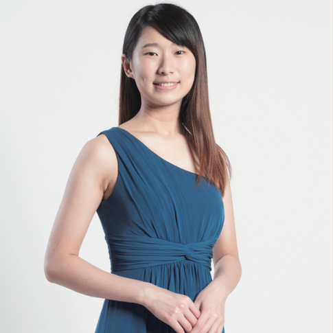 Sandra Lam (Piano)