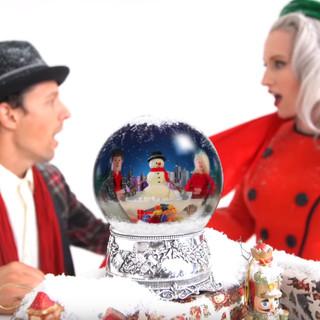 Ingrid Michaelson and Jason Mraz Christmas Valentine Music Video