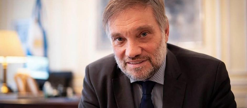 Reino Unido: embajador argentino promueve acuerdos por las vacunas sin olvidar Malvinas