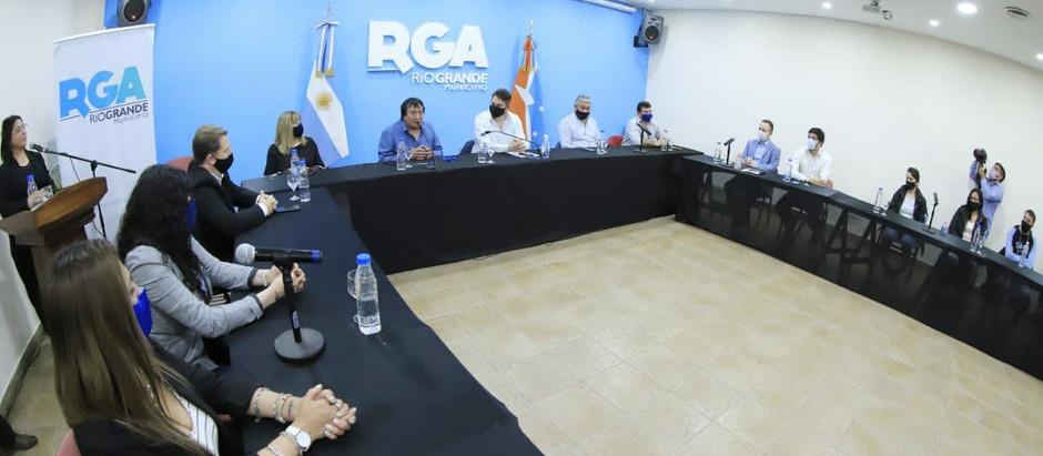 Río Grande: Trabajadores municipales tendrán un 30% de aumento