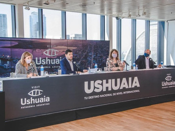 Ushuaia dio inicio a su campaña de turismo desde el CC Kirchner