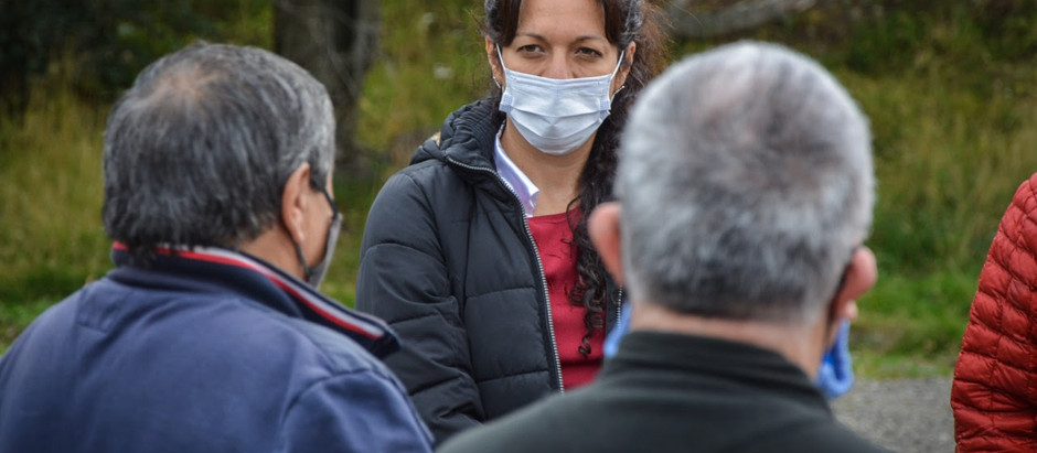 Ushuaia: La concejala Avila recorrió el Barrio Bahía Golondrina
