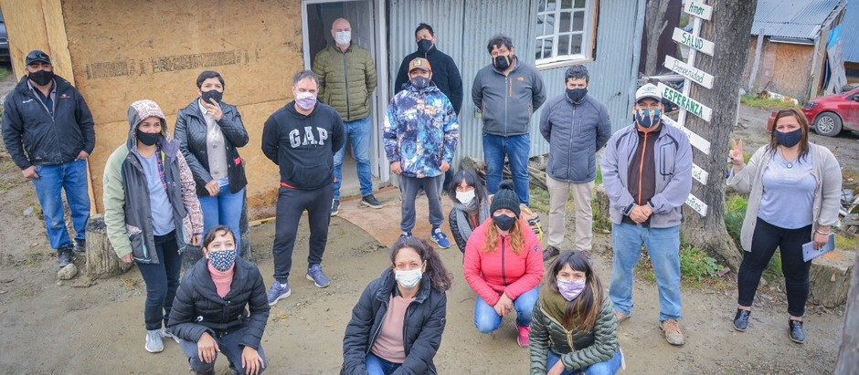 Ushuaia: Avila y representantes del Estado Nacional dialogaron con vecinxs del Barrio El Obrero