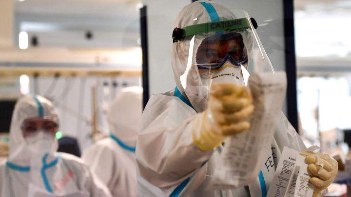 En Argentina, los contagios de coronavirus se redujeron 85% desde el pico de mayo