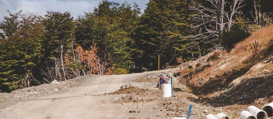 Ushuaia: Empezó el tendido de luz en la Urbanización General San Martín