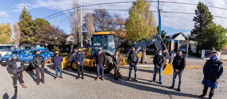 Río Grande: Perez presentó la nueva flota de vehículos y maquinaria