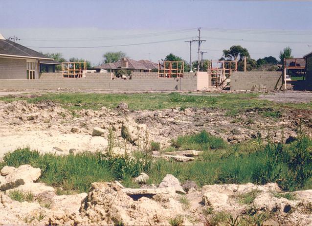 Building 9-10-1974.jpg