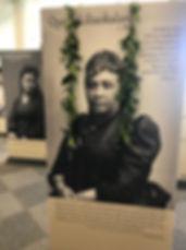 Historical exhibit Queen Liliuokalani.jp