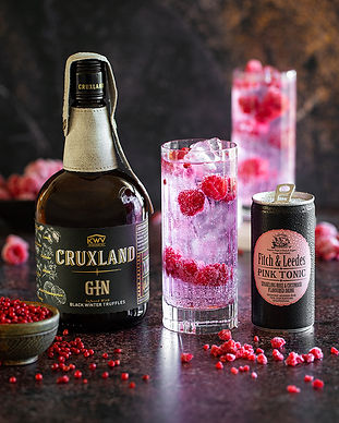 F&L--Cruxland-Black-Truffle-Gin-&-Pink-Tonic-w-Raspberries-&-Pink-Peppercorns-2.jpg