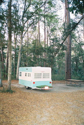 SisiliaPiring-1966-Camper-Trailer-Savann