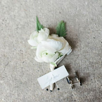 Cheers to boutonnières and second cups o