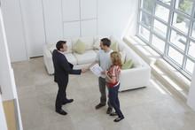Na revisão de locação comercial, benfeitorias feitas pelo locatário devem refletir no novo valor