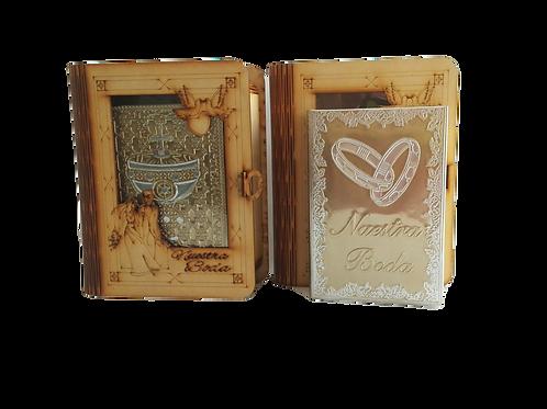 Estuche de madera conteniendo la Biblia Latinoamericana forrada de repujado para boda