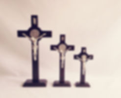 3 CRUCES PEANA.jpg