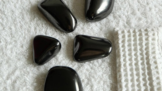 Pack de 5 galets de massage shungite polie