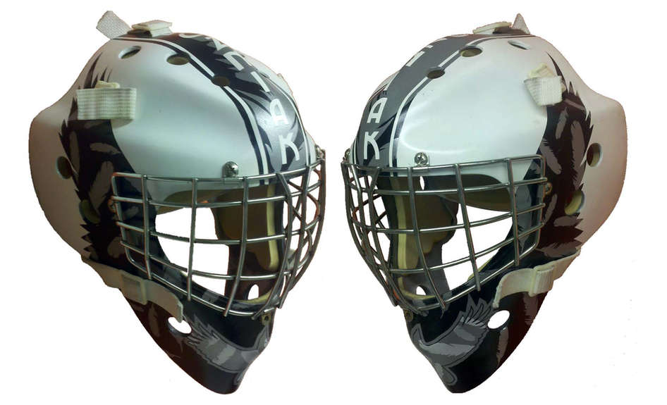 Monochromatic crow themed goalie mask
