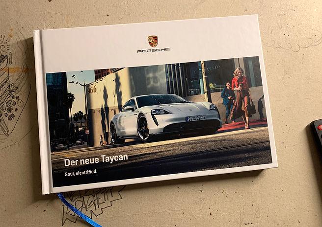 Porsche-Taycan0.jpg