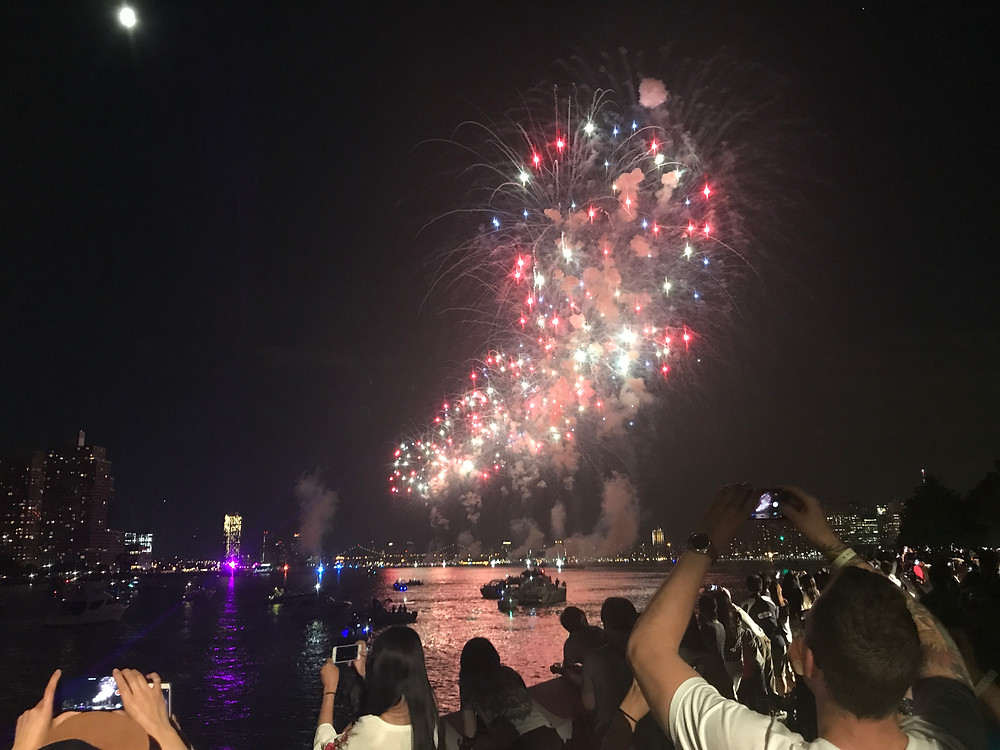 Scene from the 2017 Fireworks show from FDR Four Freedoms Park
