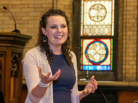 Amanda Sadlier Installed as Hope Church Pastor