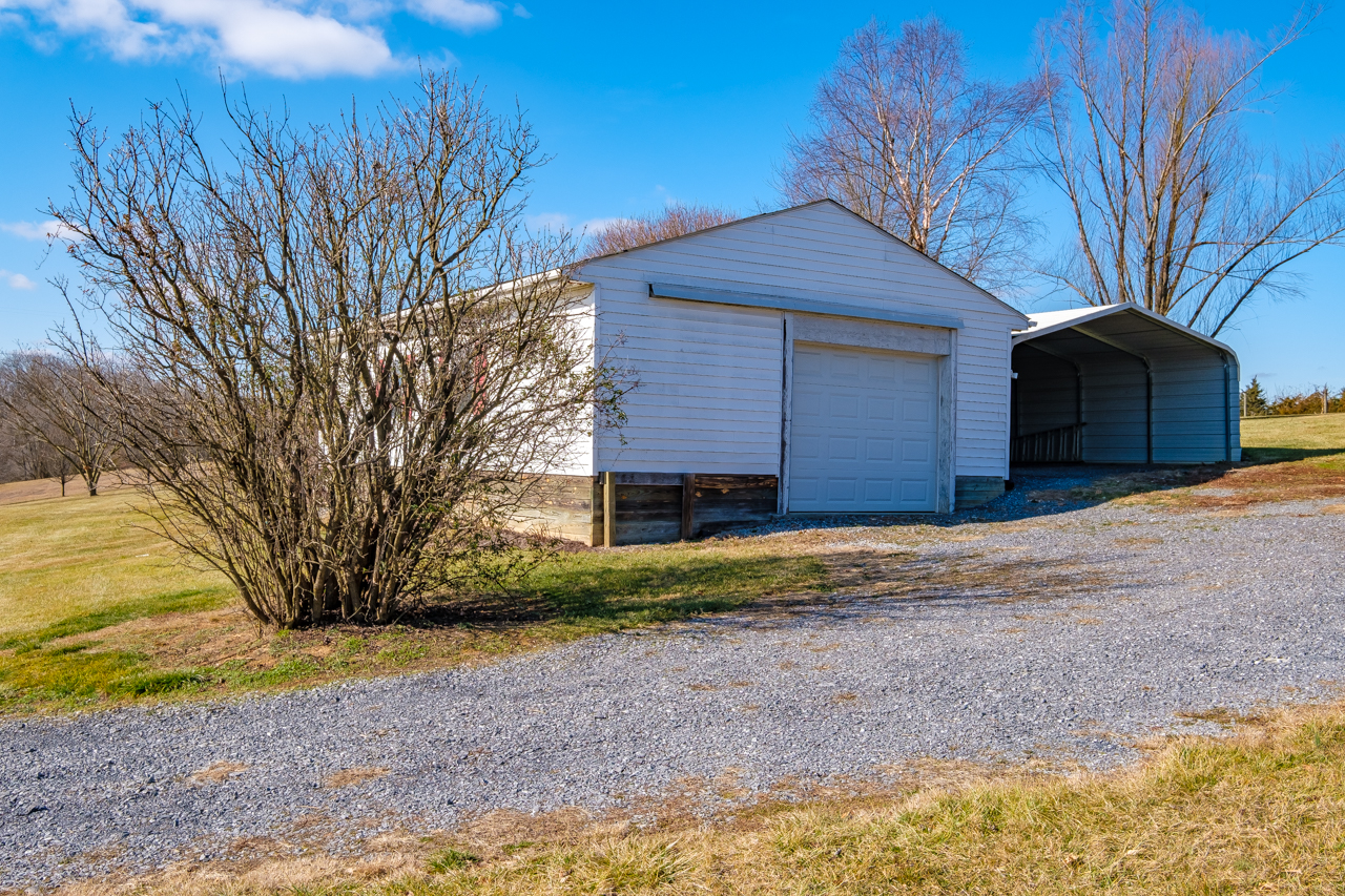 2348 Laurel Hill Rd-mls-51