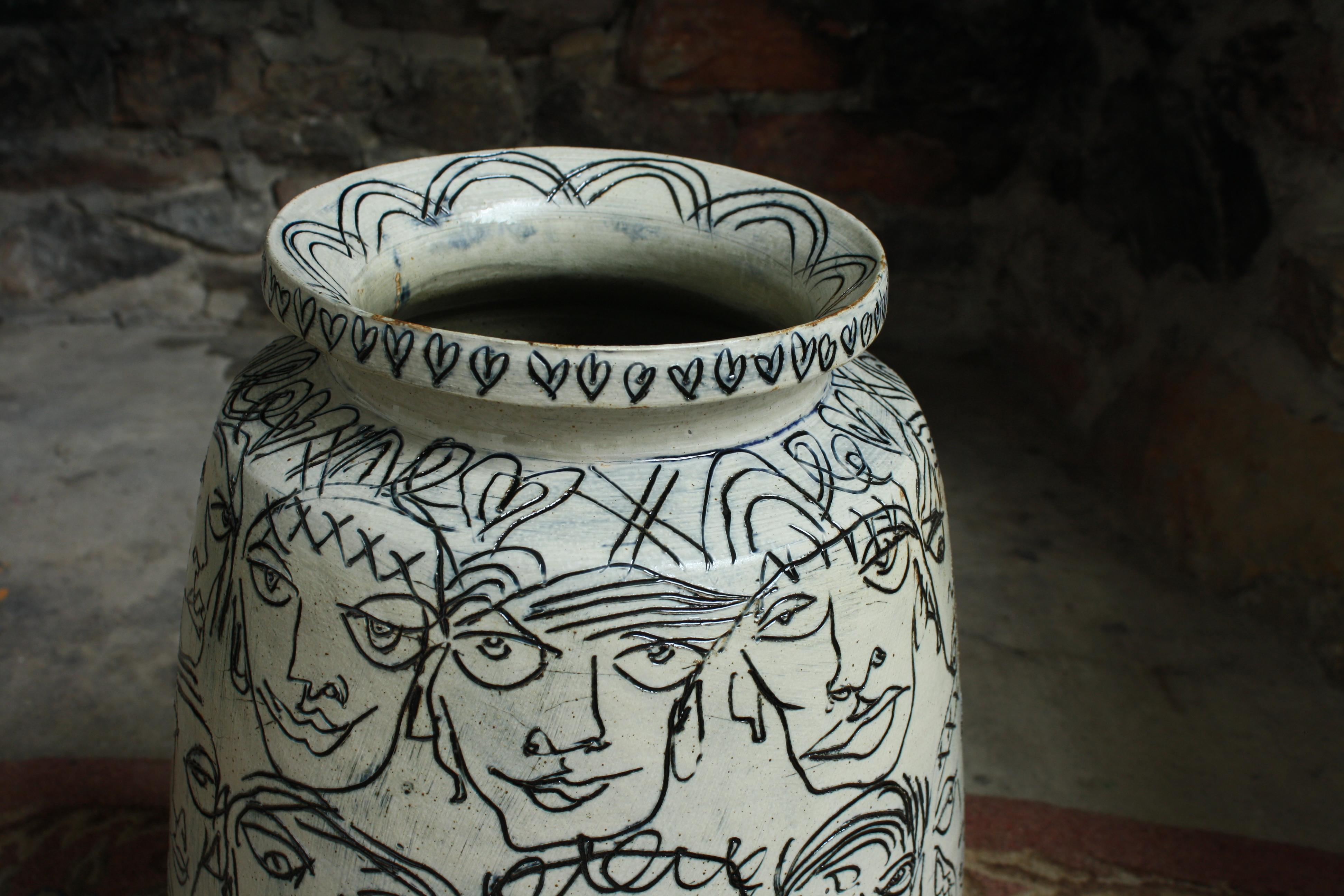 Vase, detail