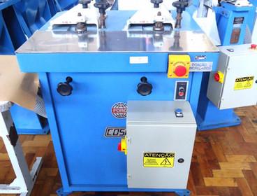 01022018_124658_maquina de fresar solas.