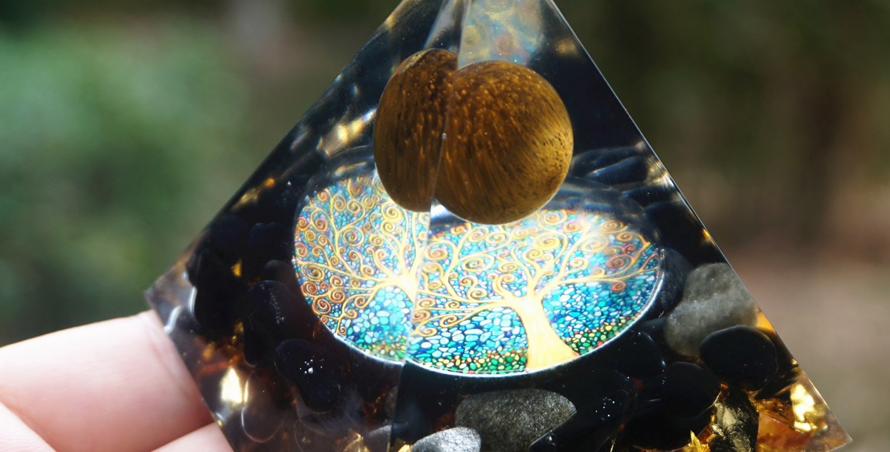 Tiger Eye & Obsidian Orgone Pyramid 60mm