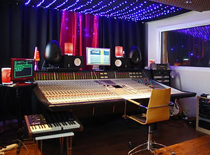 Mix Room ok.JPG