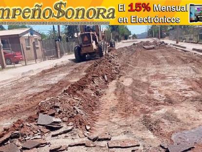 SE DA A INICIO A LA REPARACION  DE LA CALLE RAMON MORALES EN COLONIA COLOSIO.