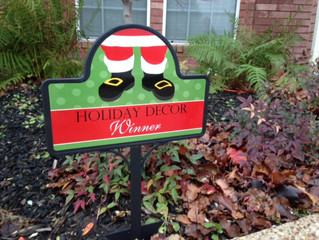 2016 Holiday Yard of the Month Contest