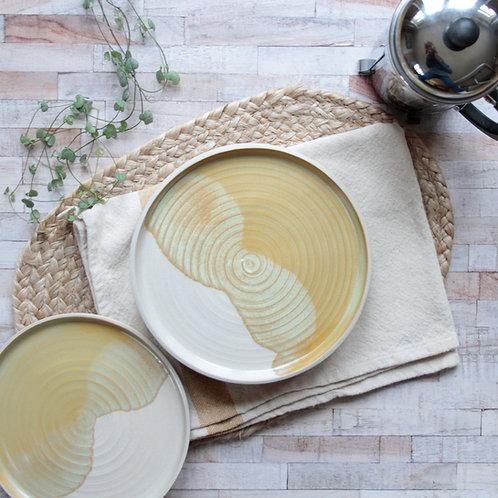 Stoneware dinner plates