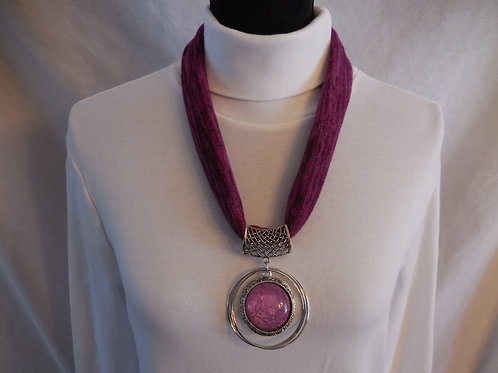 Purple Stretch Necklace  SN212