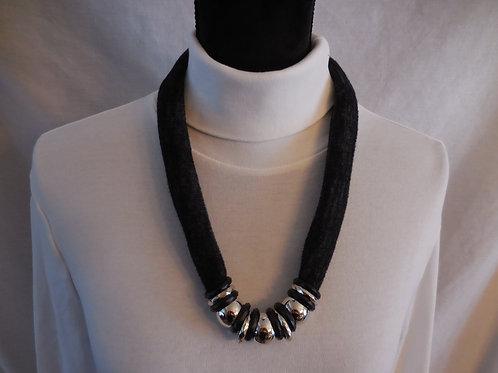 Black Stretch Necklace  SN214