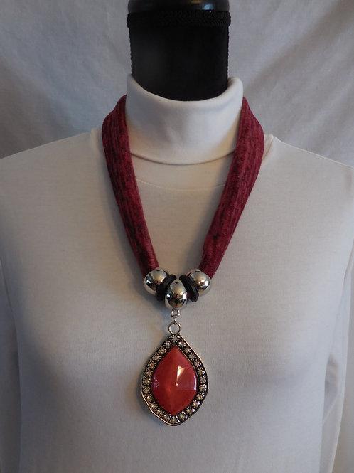 Reddish Stretch Necklace  SN332