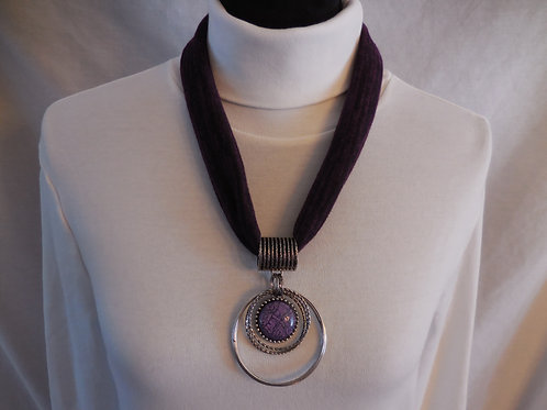 Purple Stretch Necklace  SN213