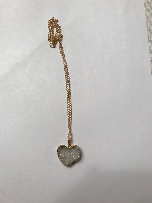 Heart on a chain HCN00