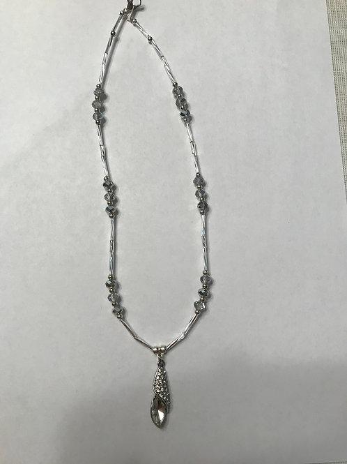 Neutral pendant Necklace N09