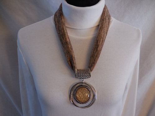 Caramel Stretch Necklace