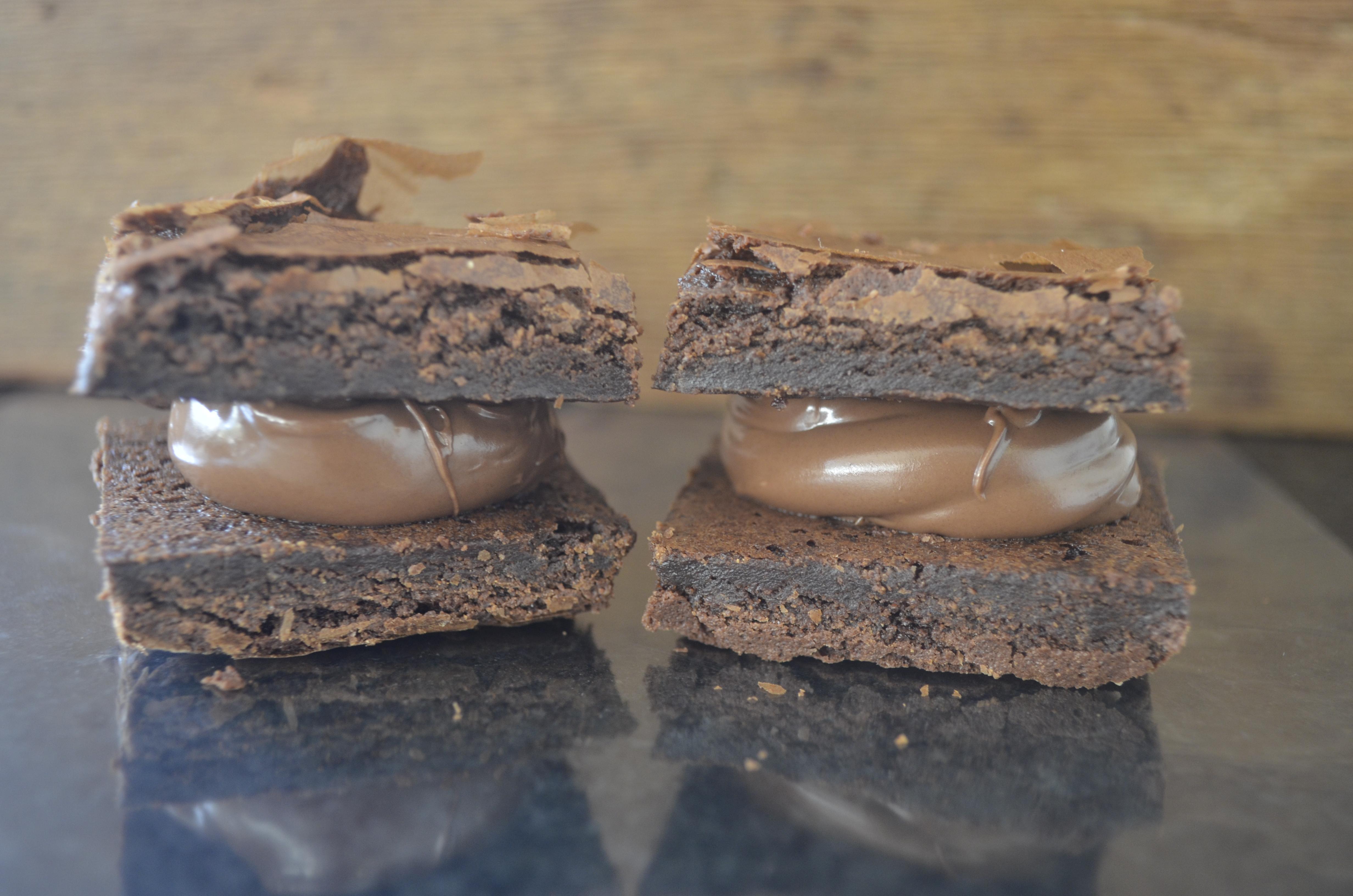 Brownie recheado com nutella