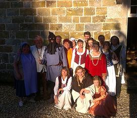 Magnifique voyage dans le temps accompagné par des troubadours en costumes de fête. Beau programme en perspective animé par les bénévoles de l'association.
