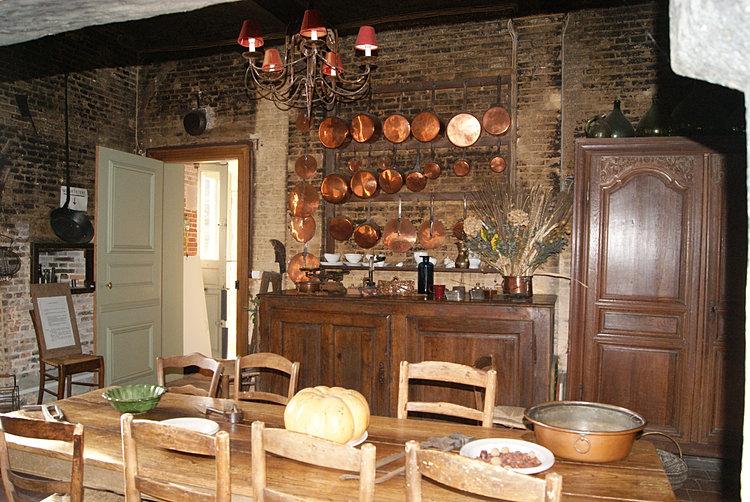 Chemine cuisine ancienne poele dans cheminee ancienne 39 for Bibelots decoration cuisine